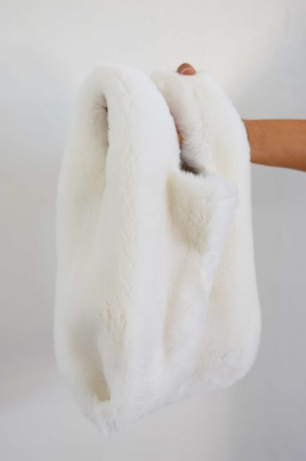 borsa per sposa pelliccia bianca