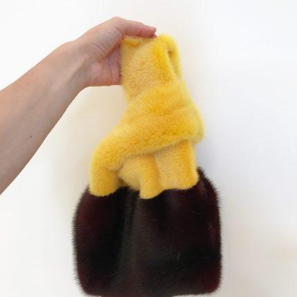 borsa a sacchetto in pelliccia
