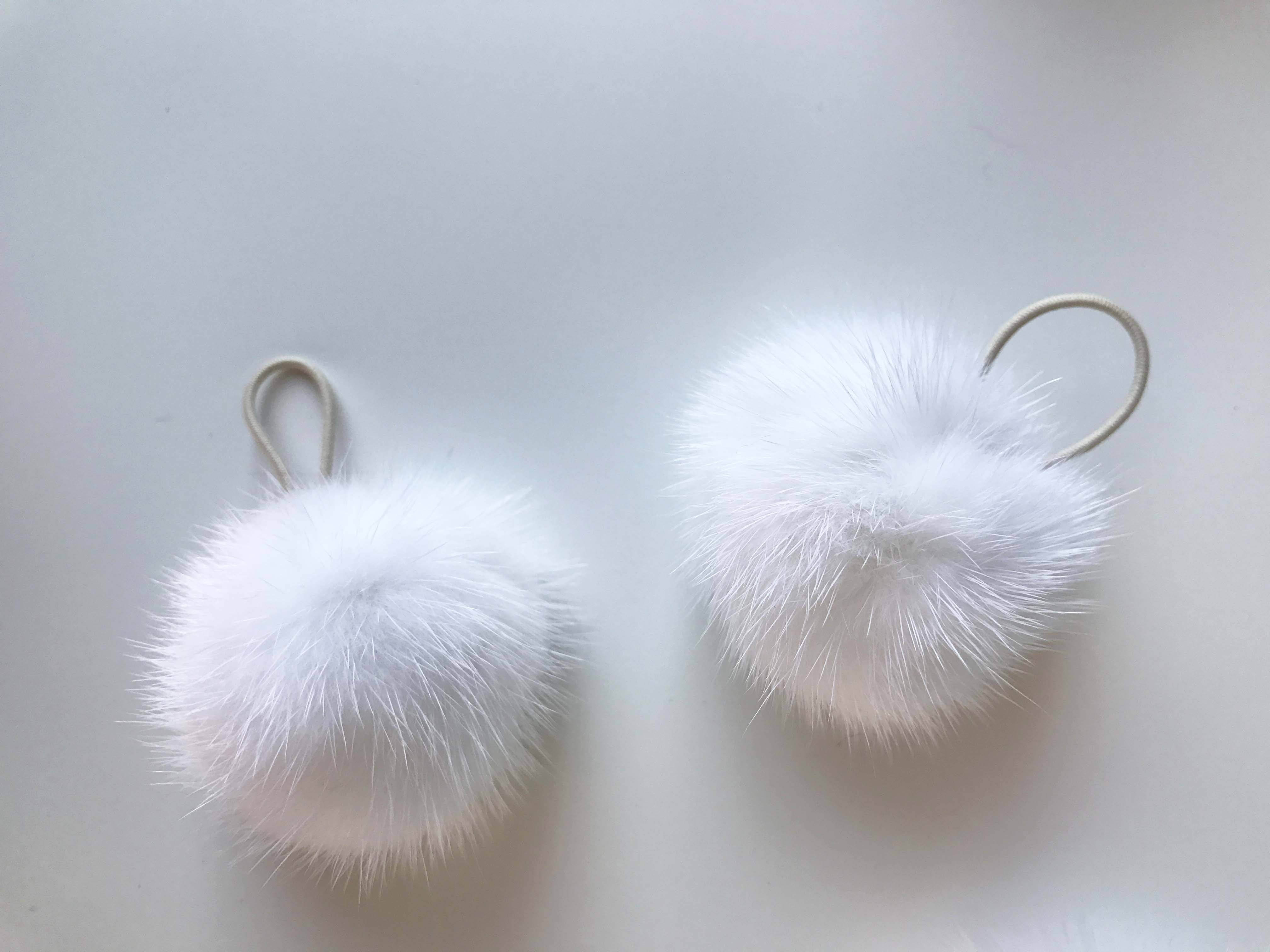 Pom Pom pelliccia di visone bianco