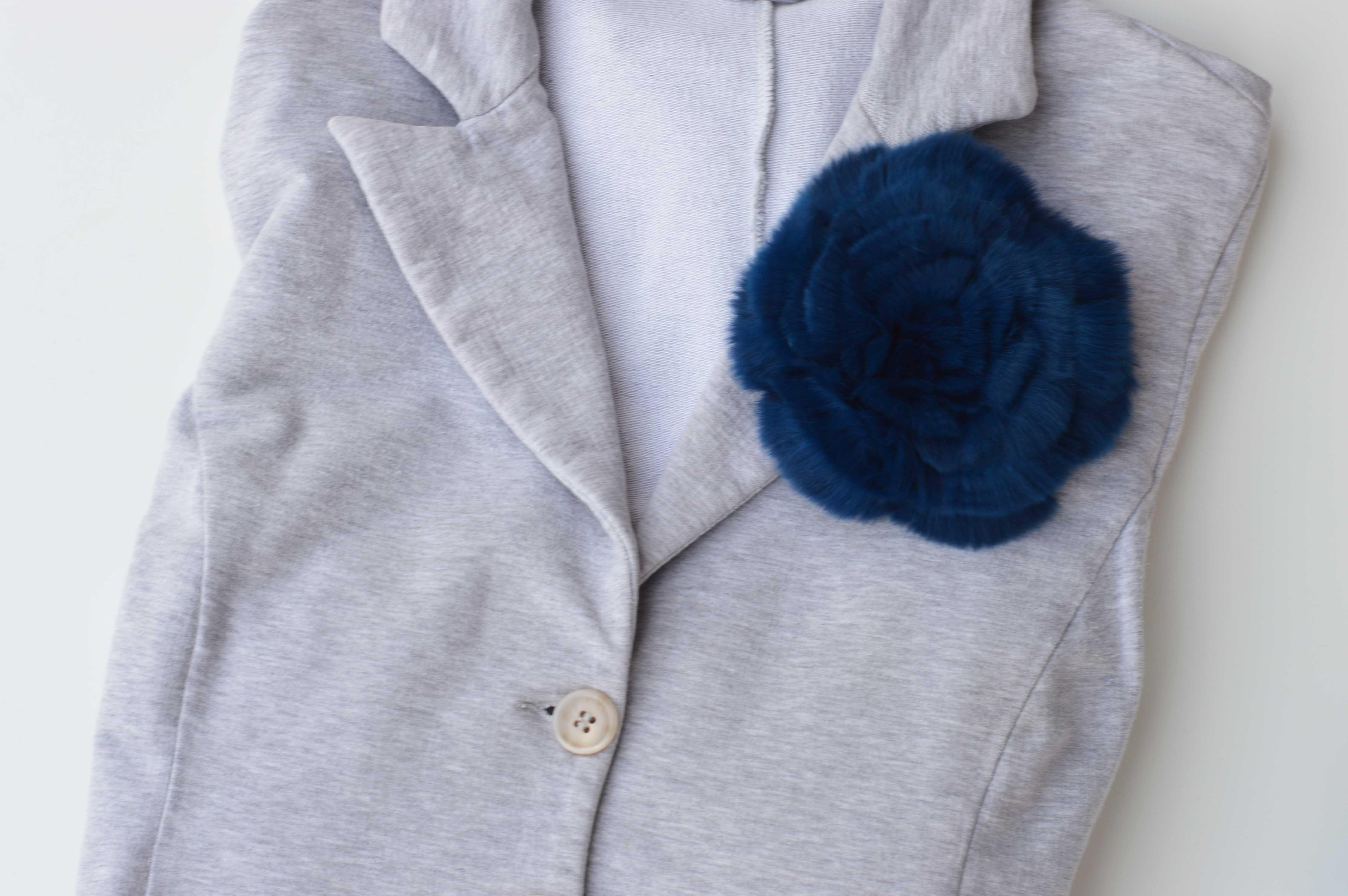 Fiore di pelliccia a fiore rex blu
