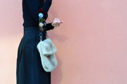 Borsa di pelliccia a sacchetto