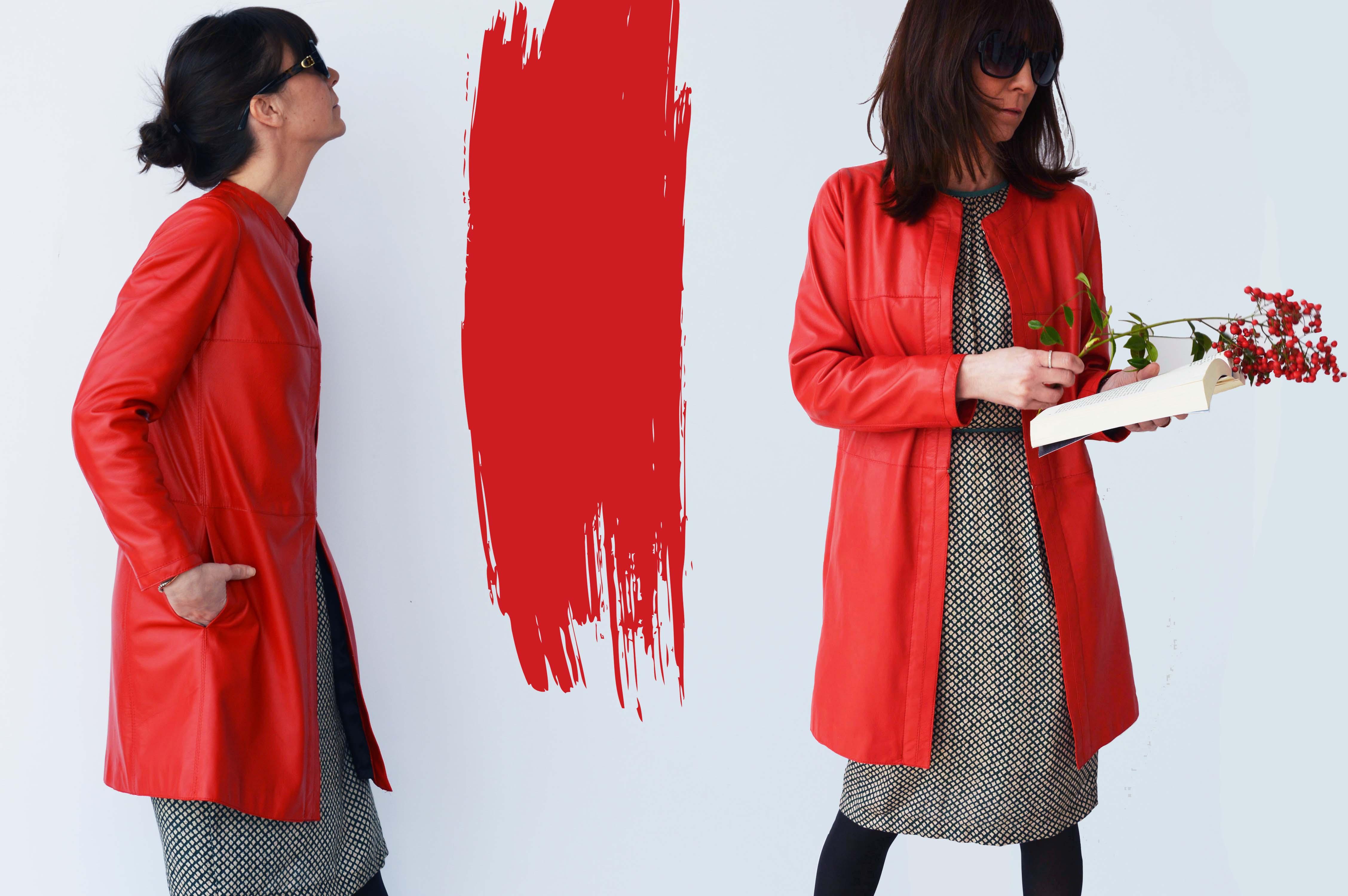 the latest ed0b0 520f3 Giacca di pelle rossa: seduzione e fascino di primavera