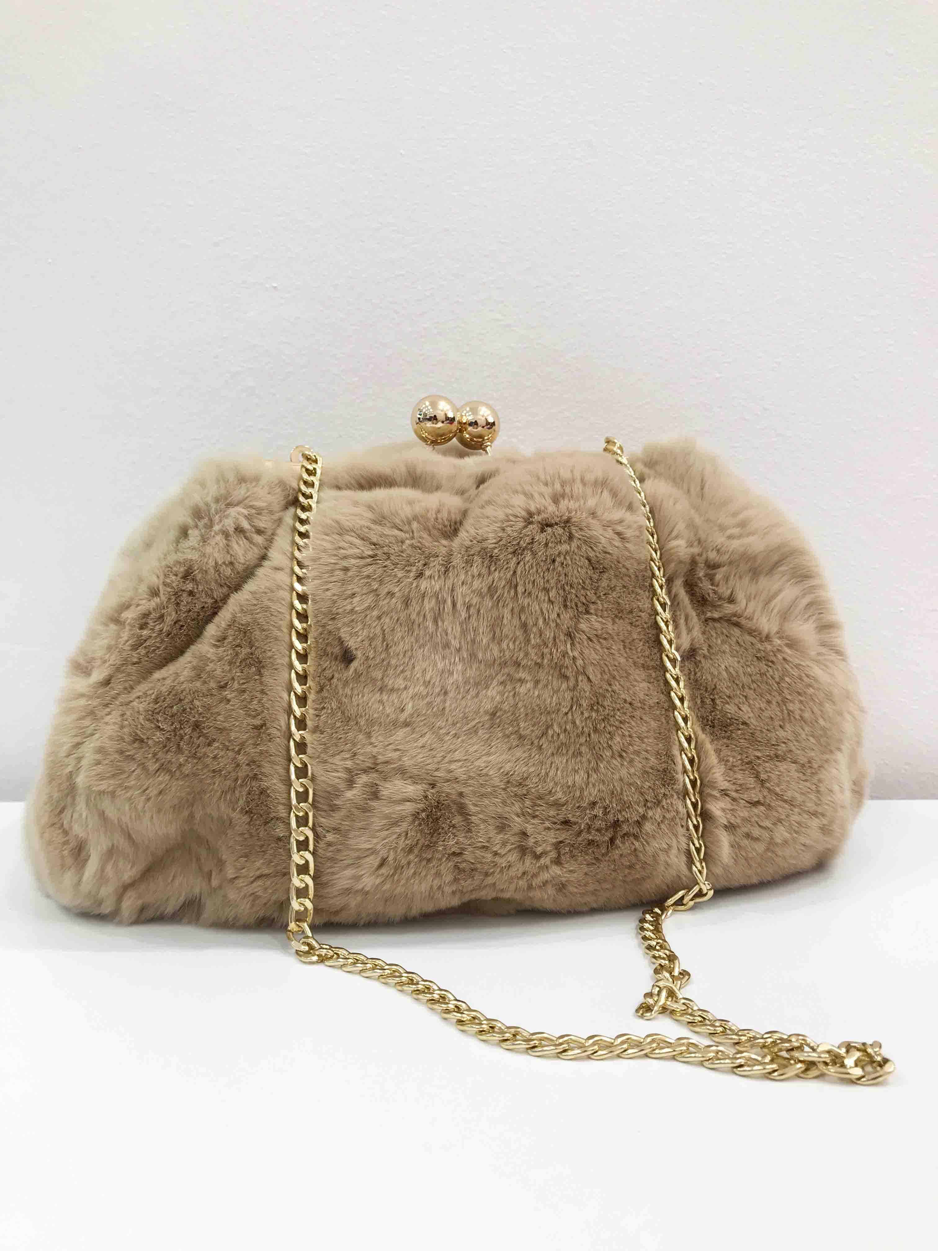 Borsa di pelliccia: pasticcino bag in rex color sabbia