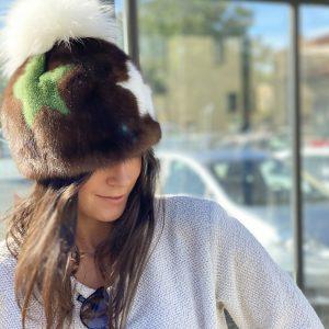 Cappello pon pon visone 01