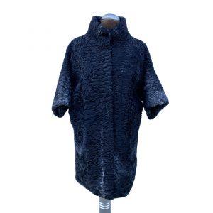 Cappotto persiano nero con maniche a tre quarti